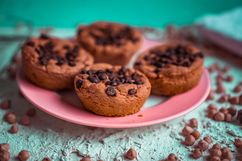 ALMOND - COOKIEDOUGH - CAKES